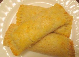 caribbean-recipes-cheese-roll