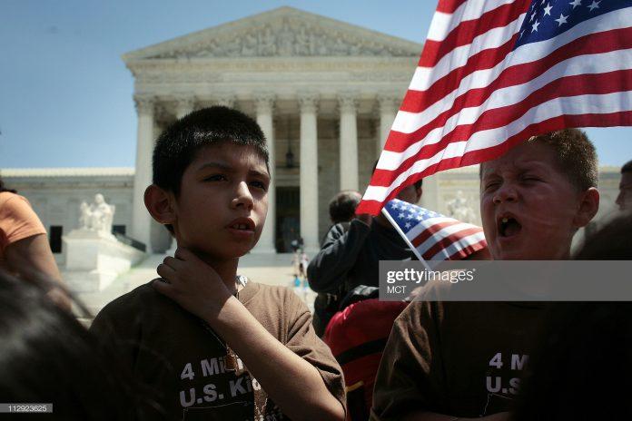 immigrant-children-protest