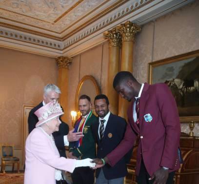 queen-meets-windies-cricketers-ahead-of-world-cup