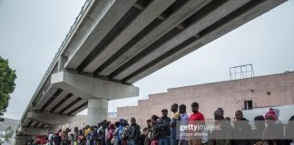 immigrants-at-mexico-border