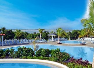 Grand-Aston-Cayo-Las-Brujas-Beach-Resort-and-Spa