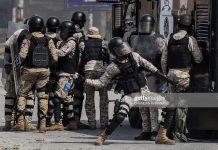 haiti-police-react-to-protestors