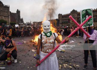 latin-america-international-womens-day-march