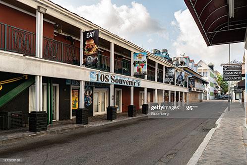 caribbean-islands-empty-of-tourists