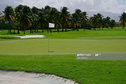 empty-golf-course