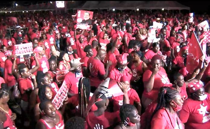 saint-vincent-Unity-Labour-Party-supporters-sans-mask