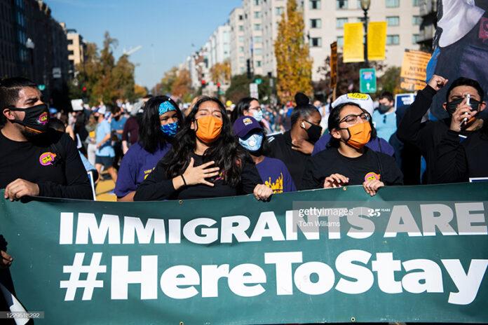 inmigrantes-celebran-biden-win