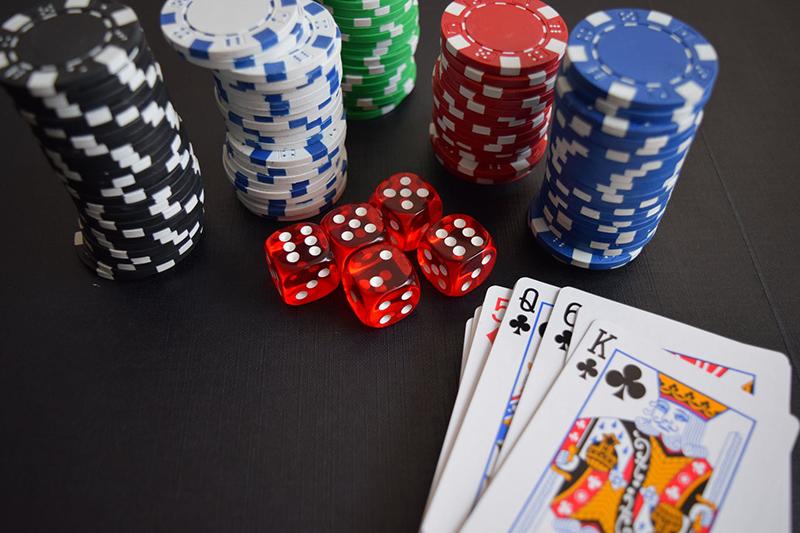 poker spieler prahlt