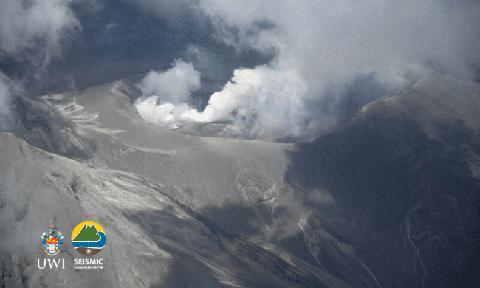 saint-vincent-volcano-steaming