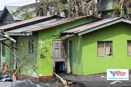 homes-destroyed-in-st-vincent