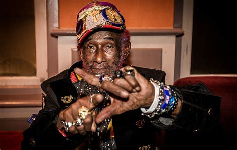 ET-news-lee-scratch-perry-is-dead