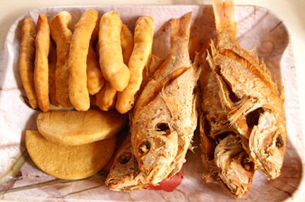 taste-jamaican-bammy-fish